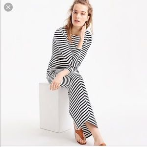 Collection navy and white stripe knit long dress